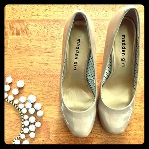 Madden Girl Size. 6 Taupe Heels